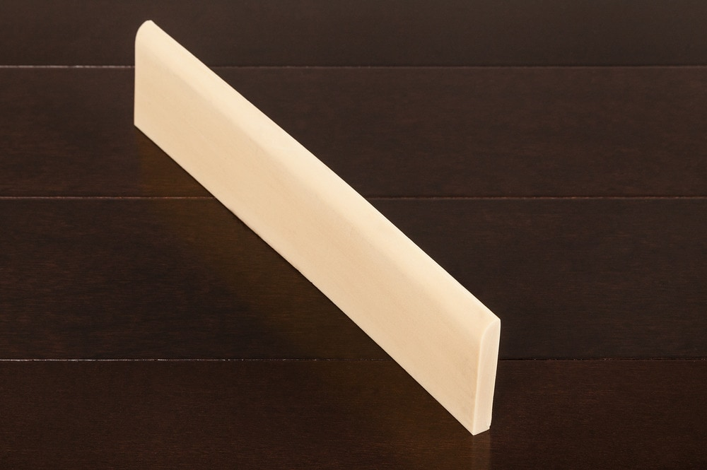 Arcadia Moldings - Flexible Baseboards/Smooth Texture Streamline Base - 3/8' x 2 1/4' x 12'